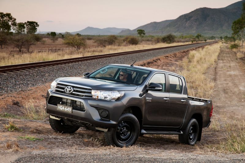 Hilux Max's 2016 2.8 Diesel Pickup Build