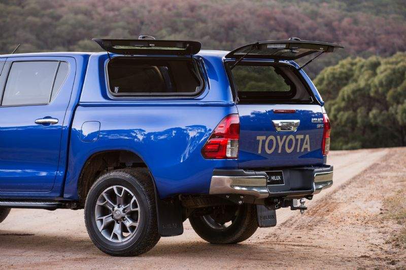 2016 Toyota HiLux Accessories Canopy