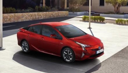 2016 Toyota Prius revealed, TNGA platform confirmed