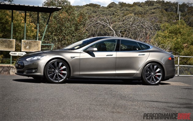 Tesla Model S P85D-Titanium Metallic