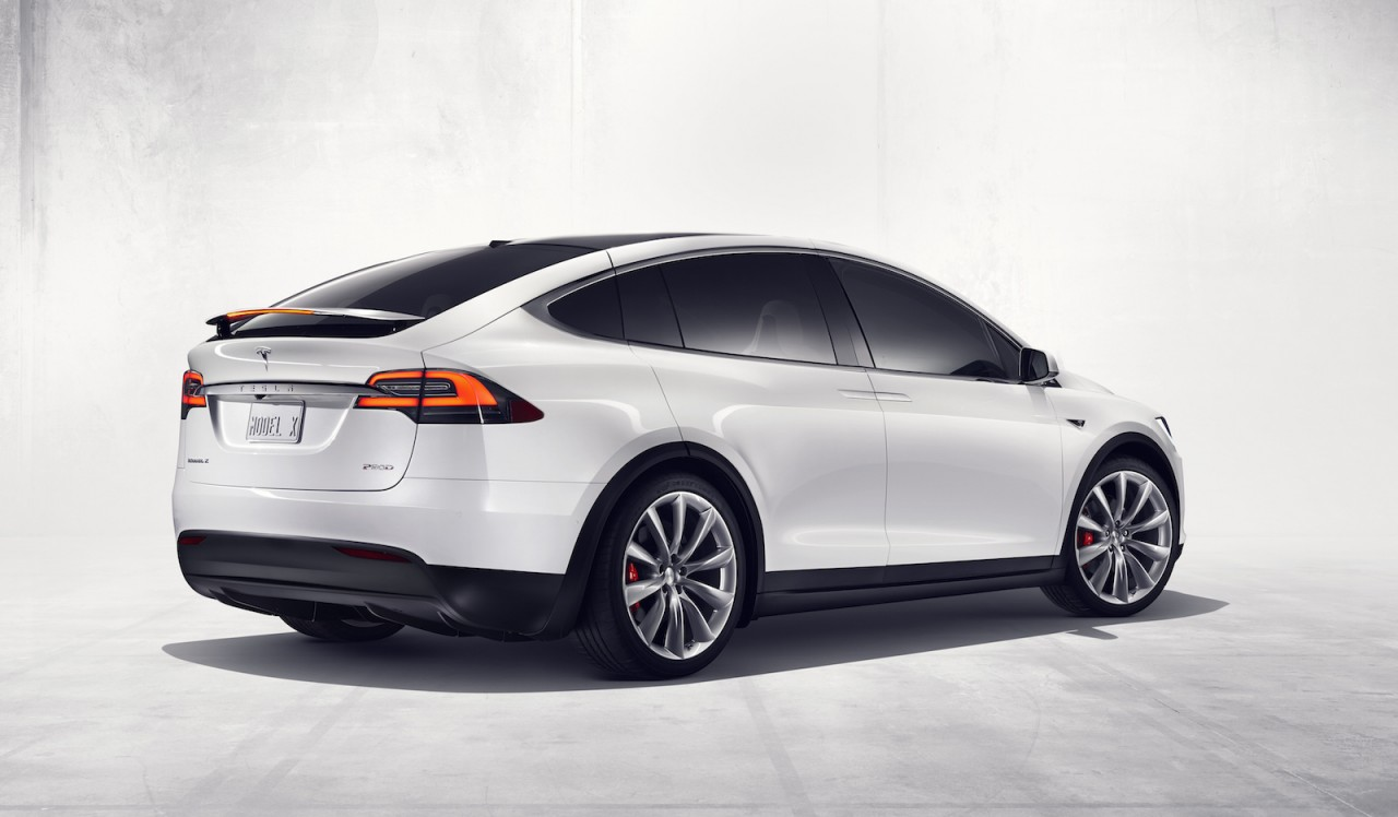 tesla model x fully electric suv revealed 0 60mph in 3 2. Black Bedroom Furniture Sets. Home Design Ideas
