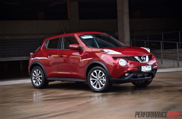 2015 Nissan Juke Ti-S-Magnetic red