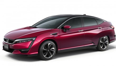 2016 Honda Clarity Fuel Cell production car revealed