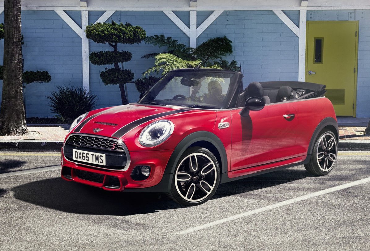 2016 mini cooper convertible unveiled larger with ukl platform performancedrive. Black Bedroom Furniture Sets. Home Design Ideas