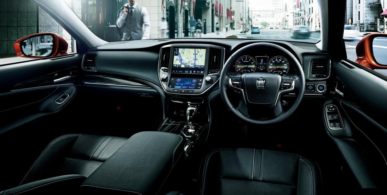 2016 Toyota Crown revealed, gets new 2.0L turbo ...