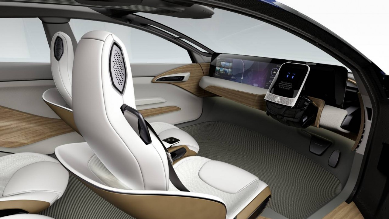 nissan ids concept unveiled at tokyo show previews next leaf performancedrive. Black Bedroom Furniture Sets. Home Design Ideas