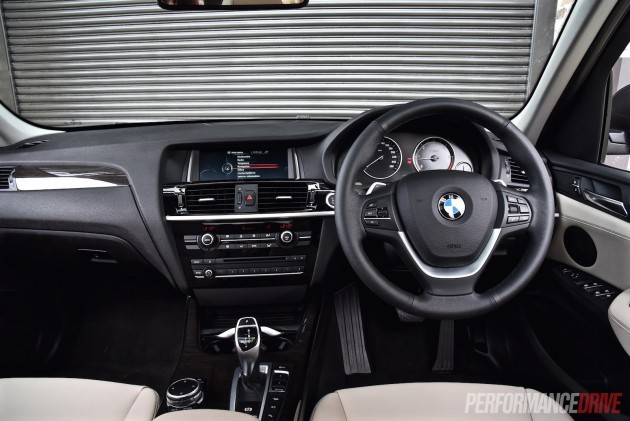 2015 BMW X3 xDrive30d-dash