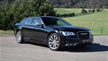 2015 Chrysler 300C Luxury review (video)