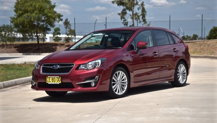 2015 Subaru Impreza 2.0i-S review (video)