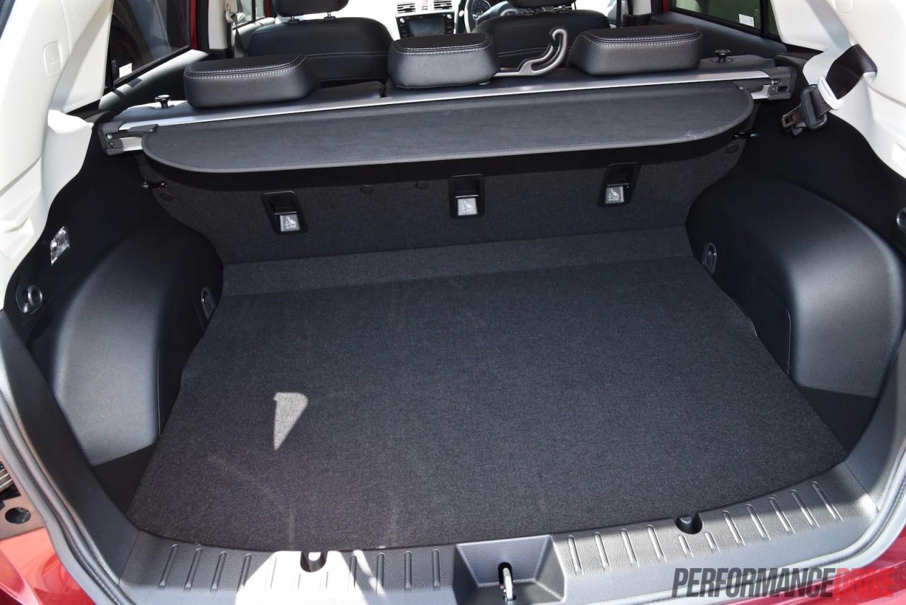 2015 Subaru Impreza 2.0i-S review (video) | PerformanceDrive