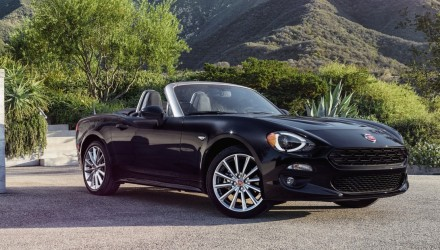 2016 Fiat 124 Spider revealed, gets 1.4 turbo engine