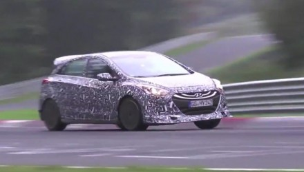 2016 Hyundai i30 N prototype hot hatch spotted (video)