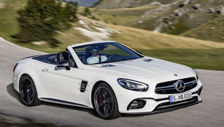 2016 Mercedes-Benz SL leaked online before LA debut