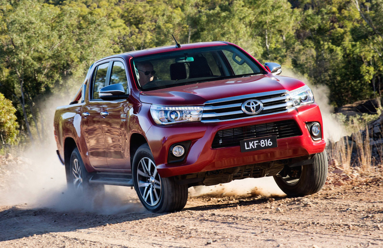 australian vehicle sales for october 2015 new hilux takes charge performancedrive. Black Bedroom Furniture Sets. Home Design Ideas