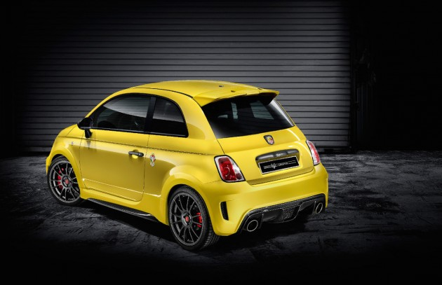 Abarth 695 Biposto Record edition-rear