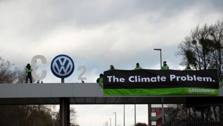 Greenpeace activists attack Volkswagen in latest campaign