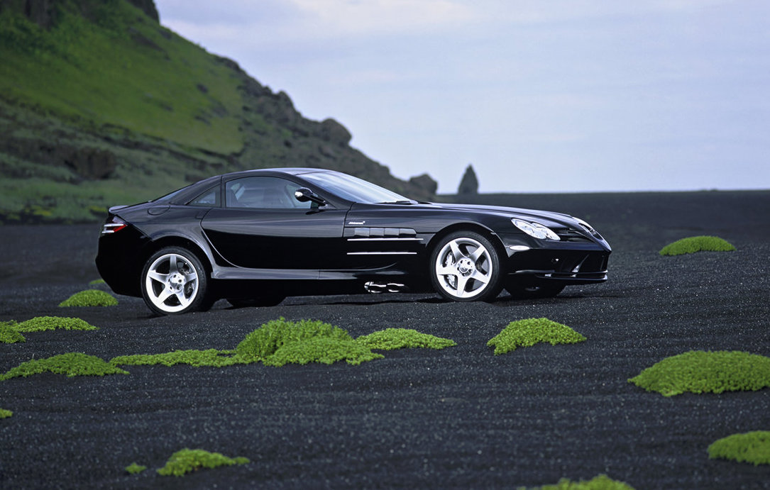 new mercedes amg slr in the works could be mid engined. Black Bedroom Furniture Sets. Home Design Ideas