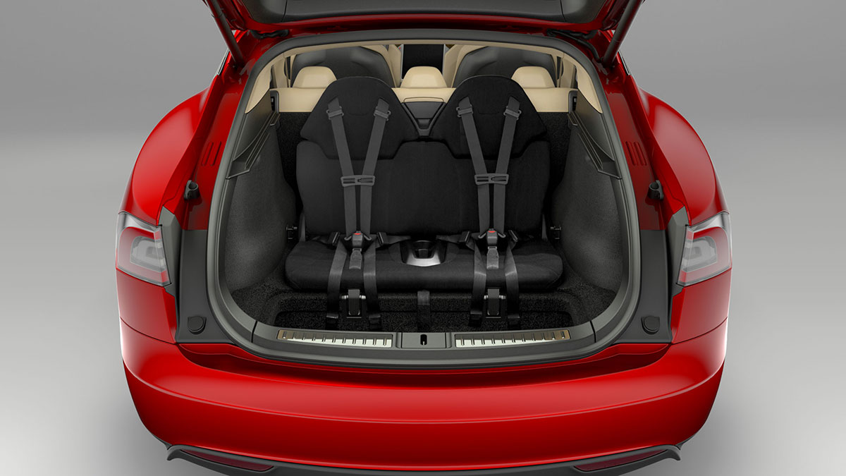 tesla model s owner puts kid in boot questioned by police video performancedrive. Black Bedroom Furniture Sets. Home Design Ideas