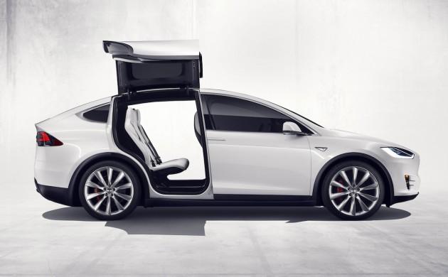 Tesla-Model-X-side