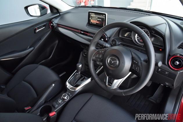 2015 Mazda2 Maxx sedan-interior