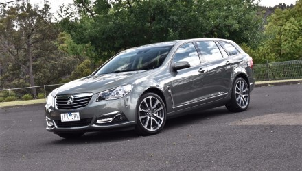 2016 Holden Calais V Sportwagon VF II V8 review (video)