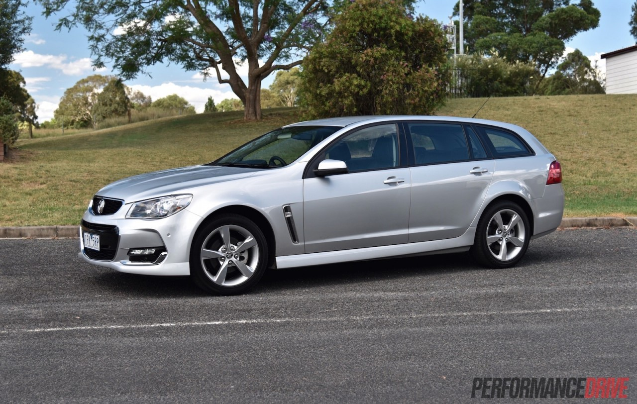 2016 holden commodore sv6 sportwagon vfii review video performancedrive. Black Bedroom Furniture Sets. Home Design Ideas