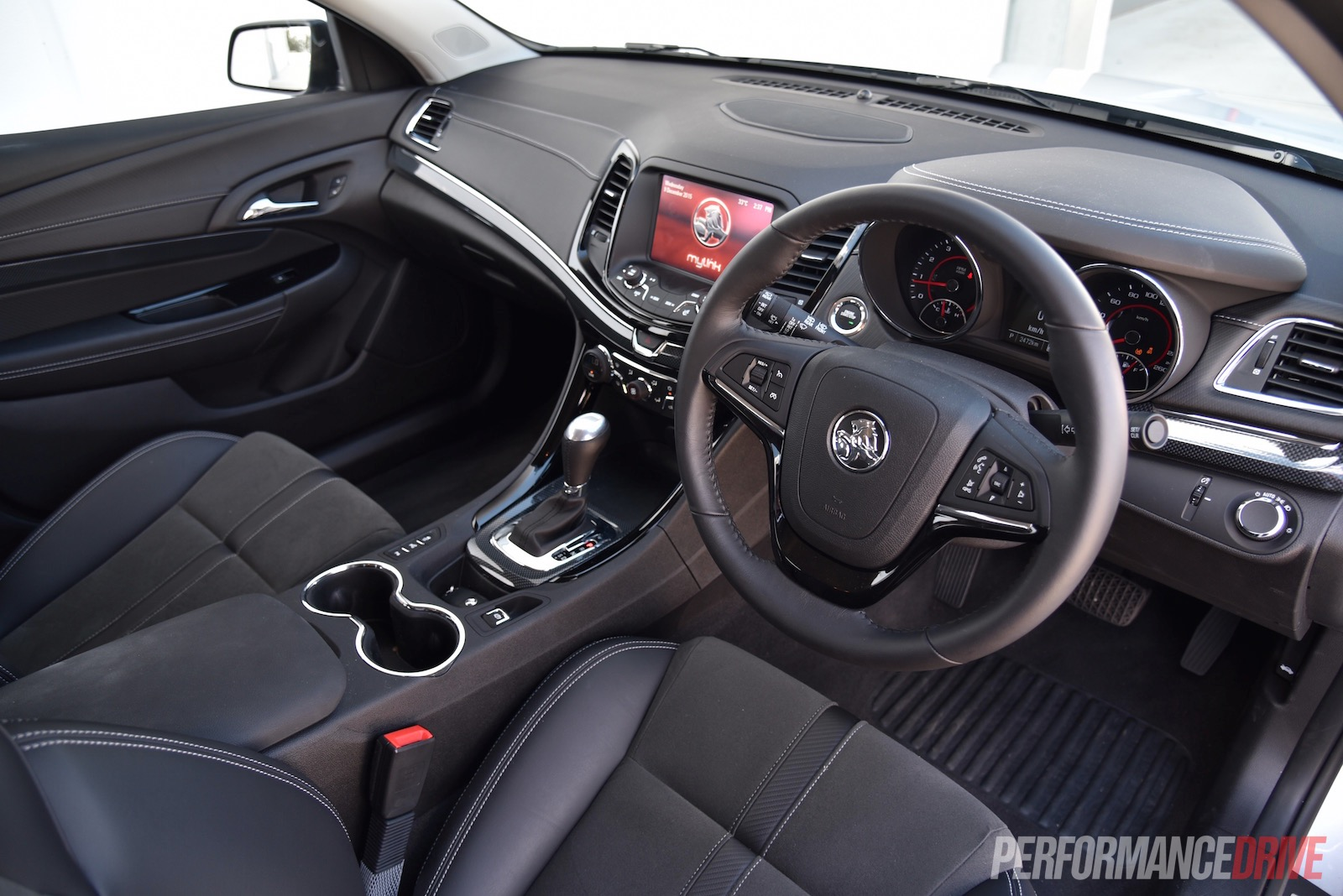 vz commodore sv6 how to use the paddle shift