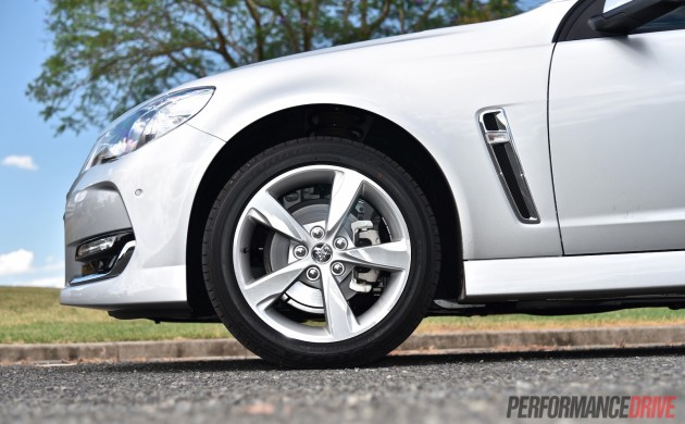 2016 Holden Commodore SV6-wheels
