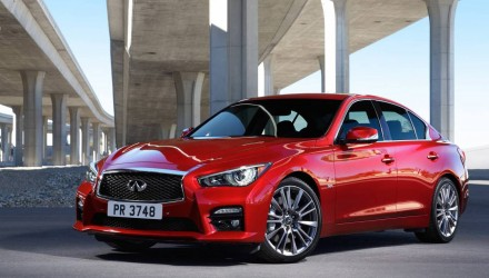 2016 Infiniti Q50 revealed, gets all-new 298kW twin-turbo V6