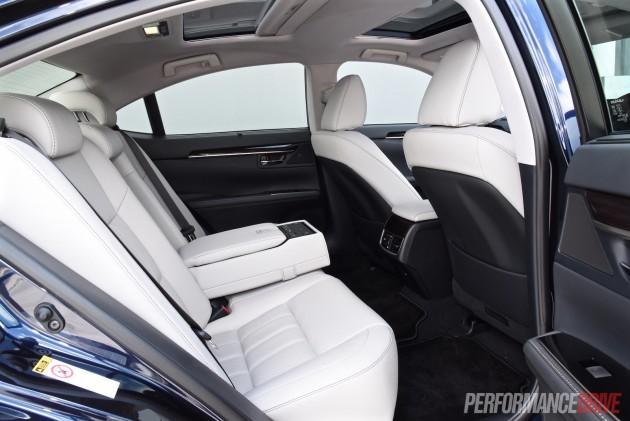 2016 Lexus ES 350 Sports Luxury-rear seats