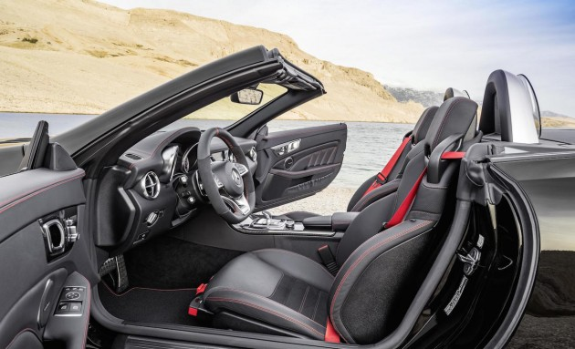 2016 Mercedes-Benz SLC 43 AMG-interior