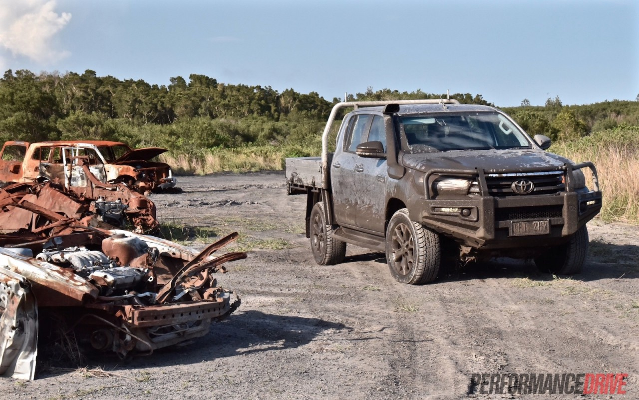 2016 toyota hilux vs ford ranger offroad review youtube autos post. Black Bedroom Furniture Sets. Home Design Ideas
