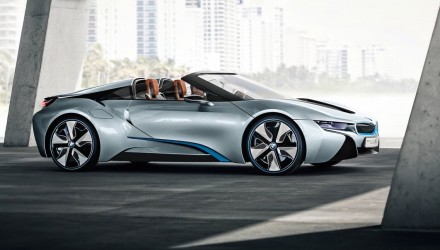 BMW i8 Spyder near-production version to debut at CES