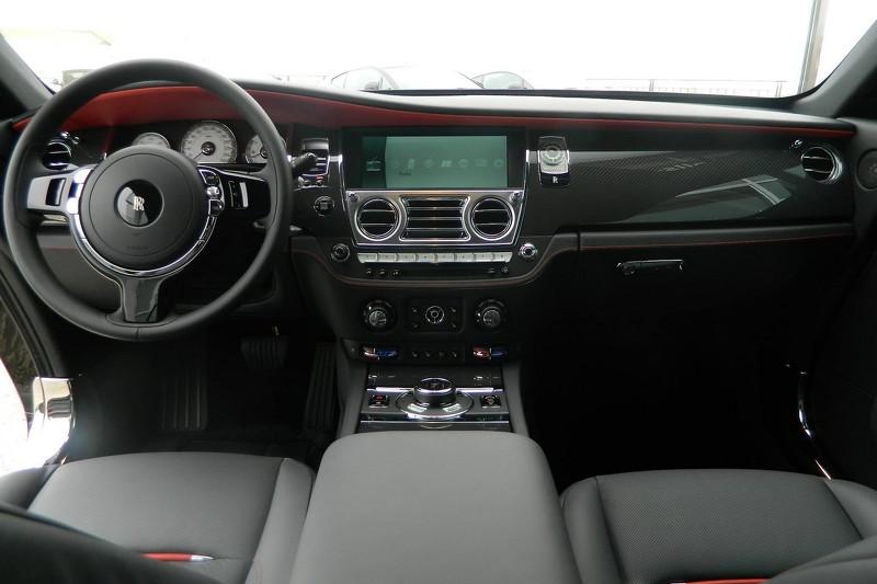 rolls royce 2015 wraith interior. rollsroyce wraith carbon fibredash rolls royce 2015 interior