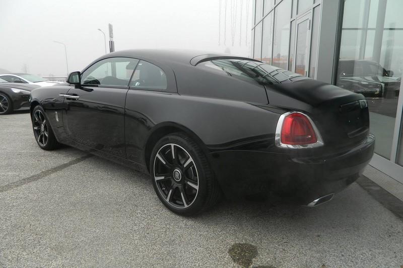 rolls royce wraith black interior. rollsroyce wraith carbon fibrerear rolls royce black interior