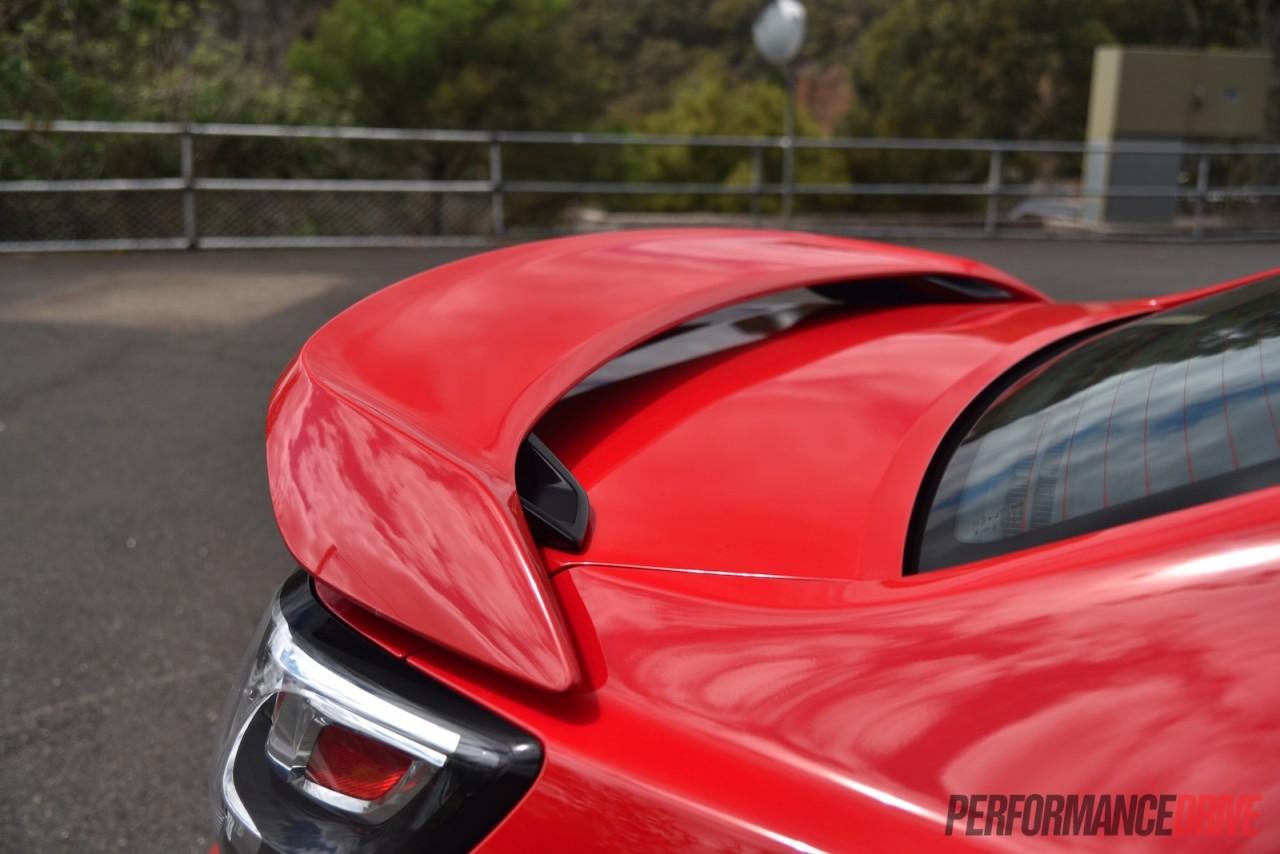 2016 Holden Commodore Ss V Redline Vf Ii Review Video