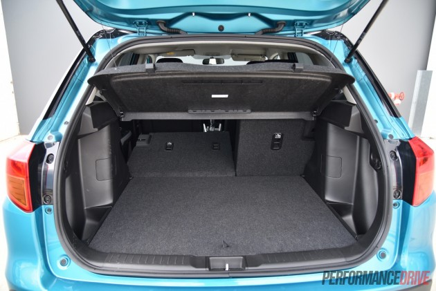 2016 Suzuki Vitara RT-S-flip down seats
