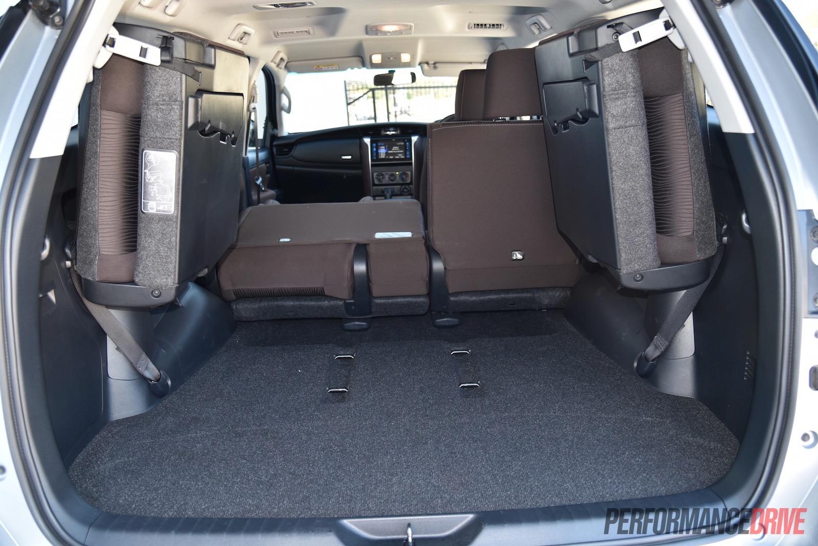 2016 Toyota Fortuner GX-cargo space