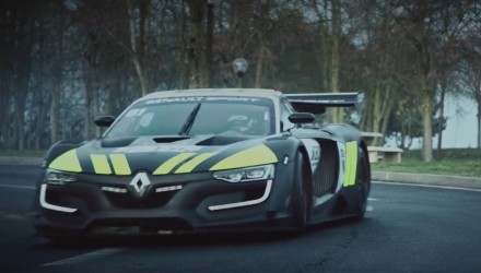 Video: Renault R.S. 01 Interceptor is one cool police car