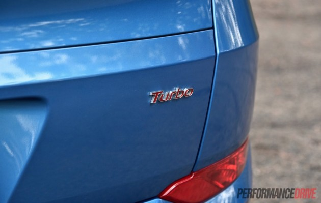 2015-Hyundai-Tucson-Elite-petrol turbo-badge