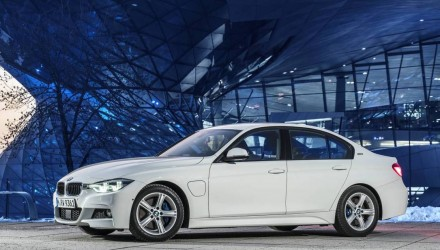 BMW 330e on sale in Australia from $71,900, X5 xDrive40e from $118,900