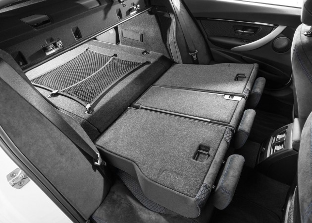 2016 BMW 330e-rear seats