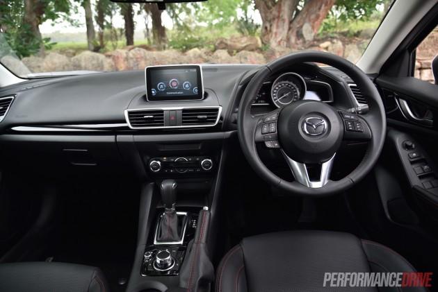 2016 Mazda3 Touring-dash
