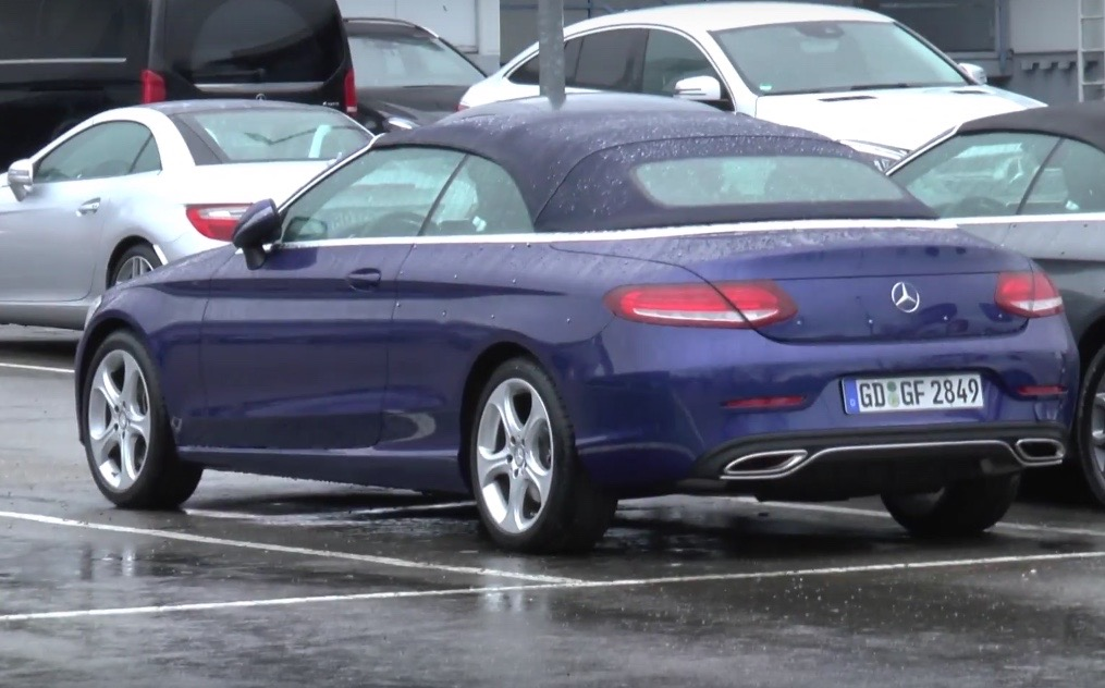 2016 mercedes benz c class cabrio spotted reveals exterior in full video performancedrive. Black Bedroom Furniture Sets. Home Design Ideas