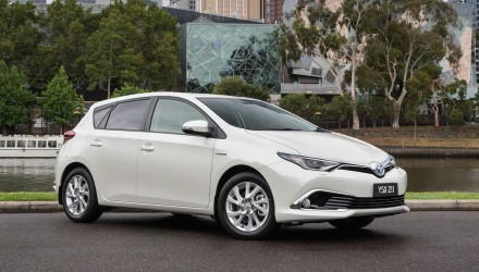 Toyota Corolla hybrid to go on sale in Australia mid-2016
