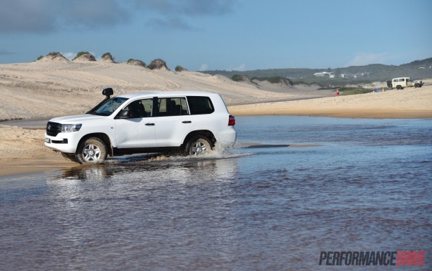 2016 Toyota LandCruiser GX-Redhead Beach