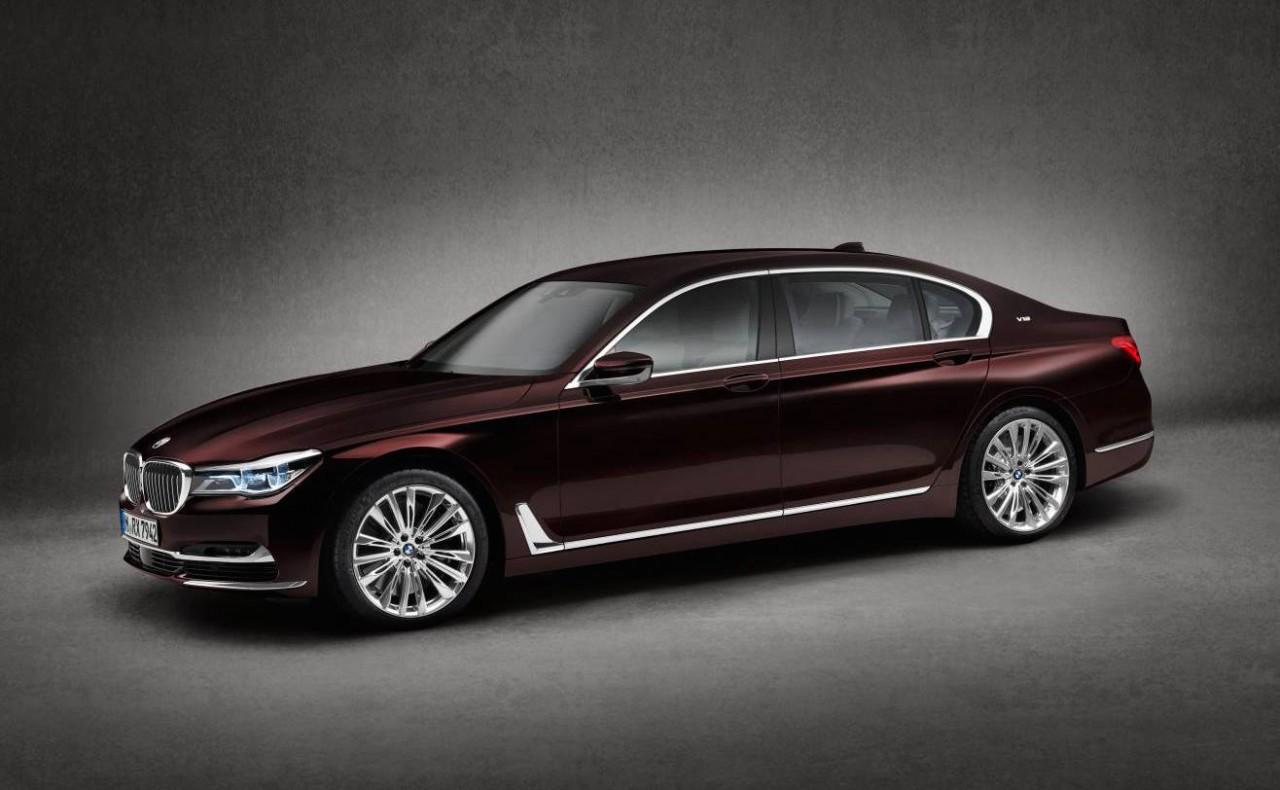 bmw m760li xdrive m performance limousine revealed performancedrive. Black Bedroom Furniture Sets. Home Design Ideas