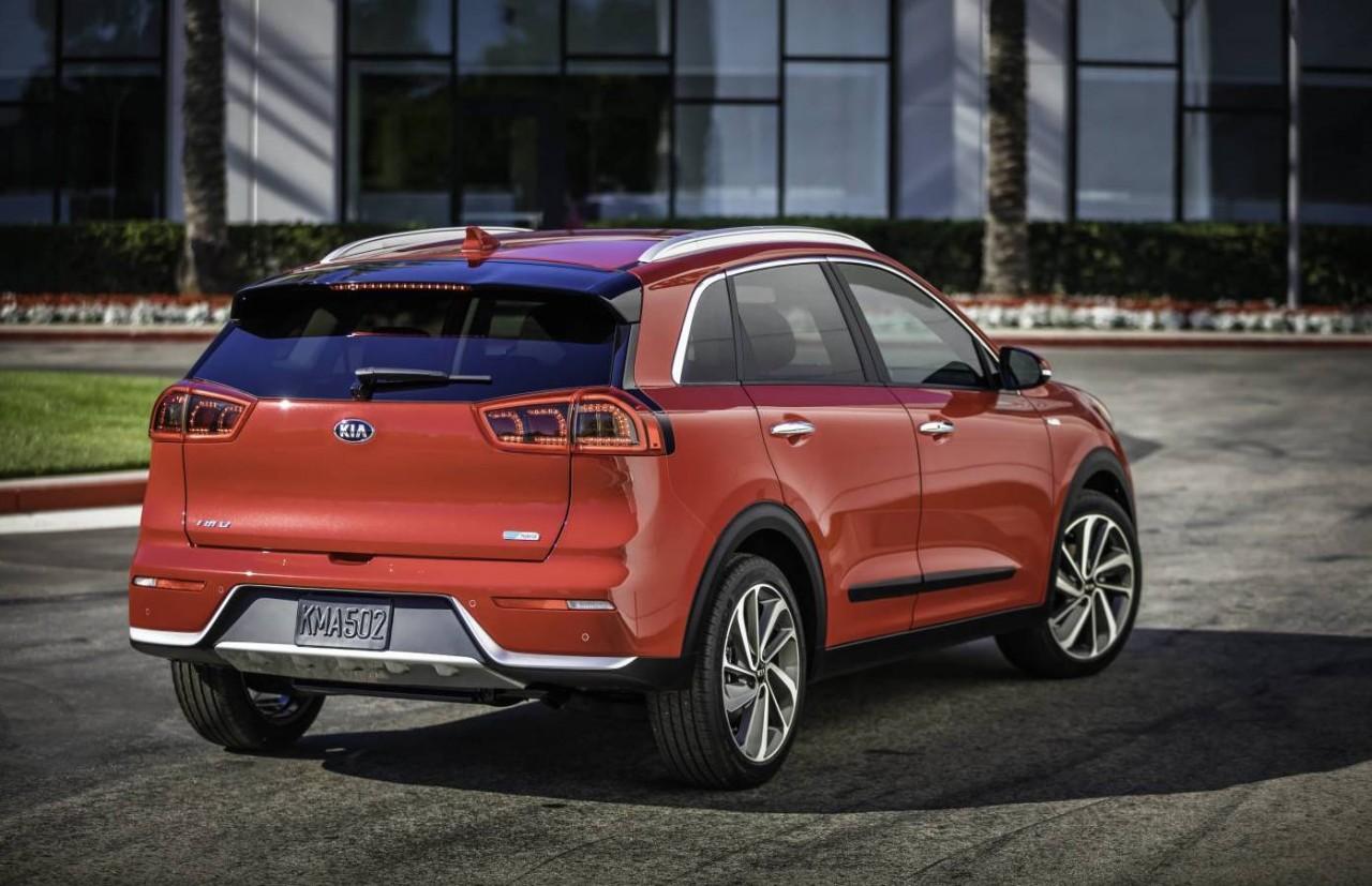 kia niro huv unveiled company 39 s new dedicated hybrid vehicle performancedrive. Black Bedroom Furniture Sets. Home Design Ideas
