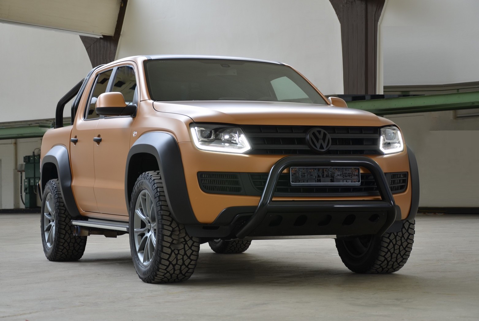 mtm announces volkswagen amarok v8 desert edition. Black Bedroom Furniture Sets. Home Design Ideas