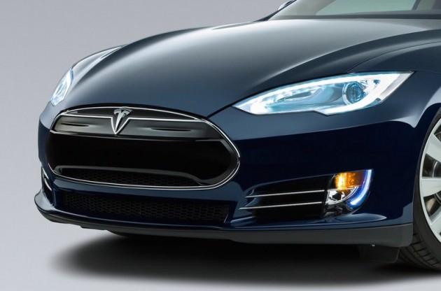 Tesla Model S-nose